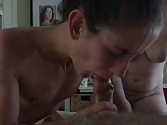 Two Girls Sharing a Cock to Finish the Threesome with a Throat Blast